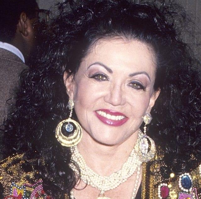 Female celebrity sideburns styles