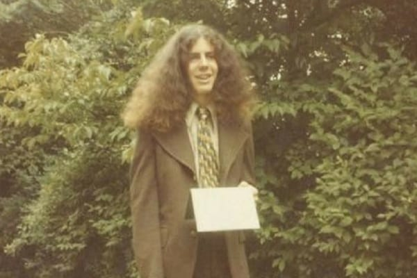 Anthony Bourdain decided to attend Vassar College for two years before dropping out and pursuing a culinary career