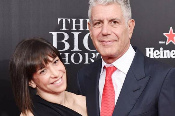 Anthony Bourdain welcomed his daughter into the world in 2007, which spurred him on to quit smoking